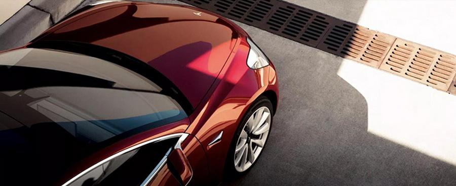 马斯克承诺:3.5万美元版Model 3或明年初上市