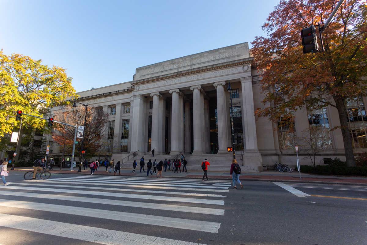 兰博基尼汽车与麻省理工学院获得超级电容全新科技专利