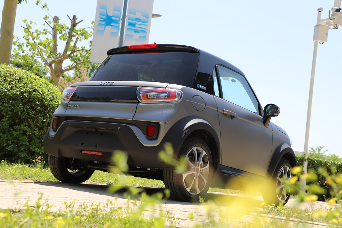 补贴后售11.08万起 北汽新能源LITE-R300上市