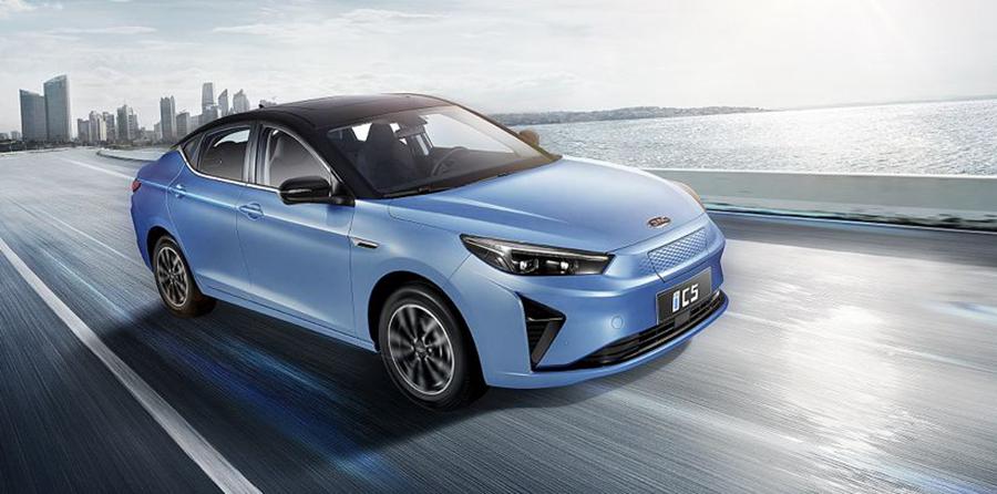 成都车展:江淮全新中大型SUV X8迎来全球首秀