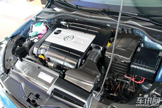 搭配的是7速dsg变速箱,厂商公布的百公里加速时间为8秒.图片