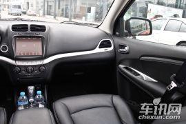 道奇-酷威-2.4L 两驱尊尚版