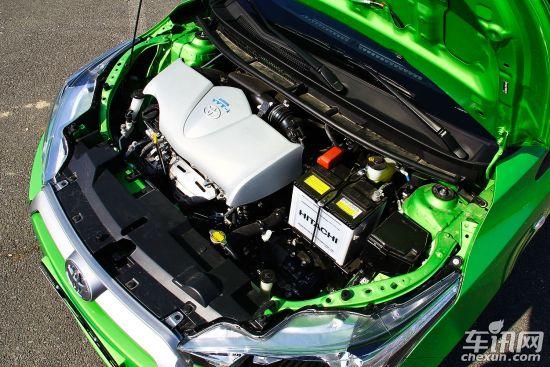 车型短评:YARiS L 致炫将与新威驰共享动力总成——1.3L/1.5L发动机匹配5MT和4AT变速器。其中,1.5L 1NZ-FE发动机,最大功率80kW(108PS),最大扭矩140Nm,略低于现款雅力士的输出数据;而原来的1.3L机型得到了保留,不过从此前的市场反应来看,雅力士1.3L车型远远不及1.