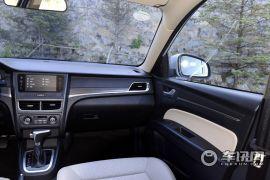 一汽奔腾-奔腾B30-1.6L 自动尊贵型
