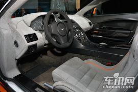 阿斯顿·马丁-V8 Vantage