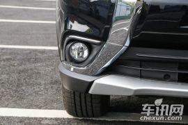 广汽三菱-欧蓝德-2.4L 四驱尊贵版 7座