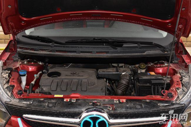 哈尔滨绅宝X25现车在售 售价5.58万元起