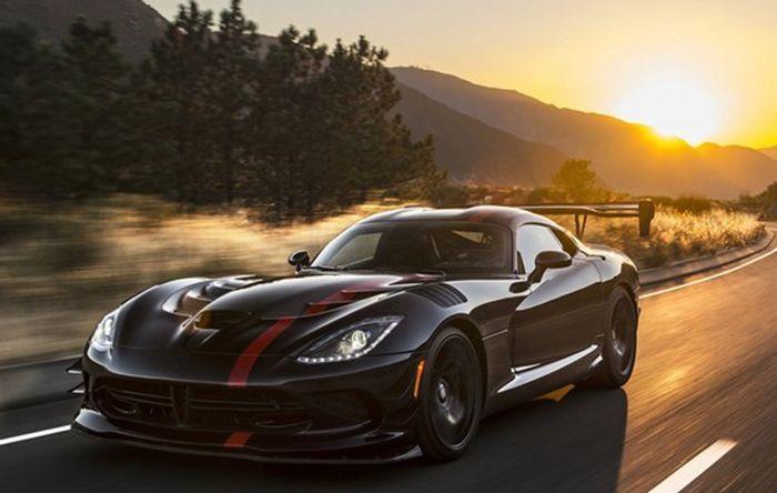 道奇蝰蛇8月31日停产 8.4L V10发动机隐退