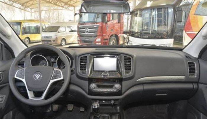 萨瓦纳柴油自动挡上市 售17.18-20.98万