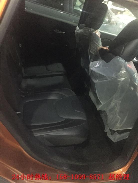 自由光价格多少钱 粉尘车自由光4折优惠