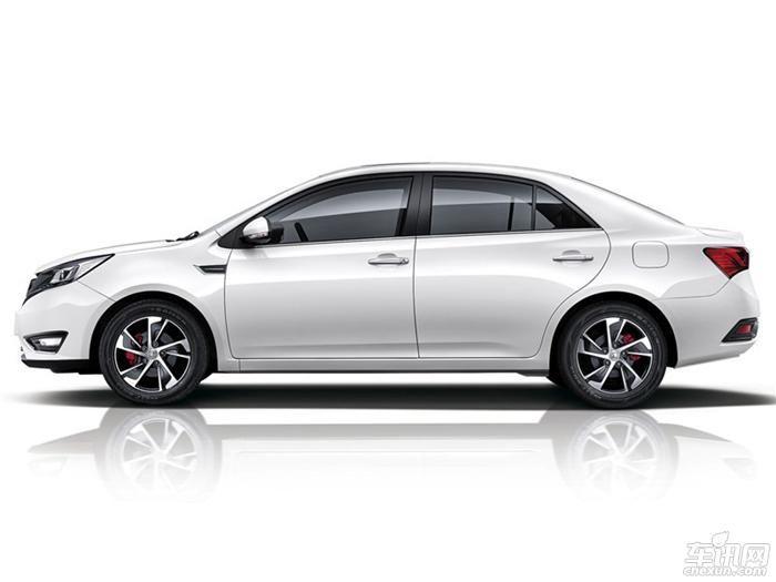 众泰Z360正式下线推5款配置车型 或4月上市