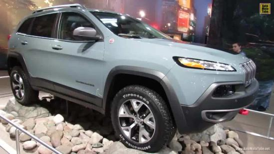jeep自由光2.4L高性能版报价百公里油耗