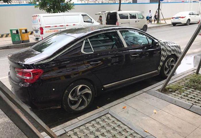 新款DS 5LS车型谍照曝光 配ACC主动巡航