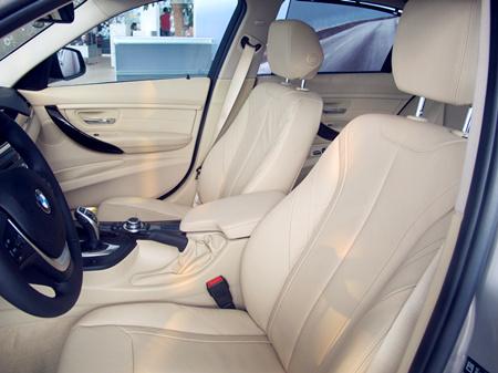 宝马3系卖多少钱320时尚型最高优惠价格