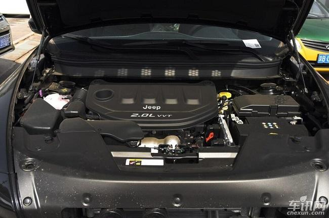 武汉Jeep自由光综合优惠5万元 现车齐全