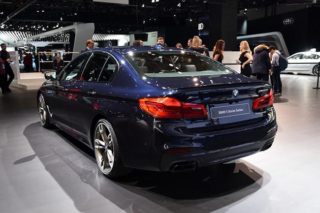 宝马5系标轴版成都车展上市 原装进口品质