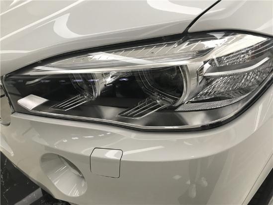 17款宝马X5超强动力和精准操控的性能 SUV中的翘楚