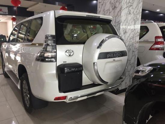 2017款丰田霸道2700现车豪华热销中