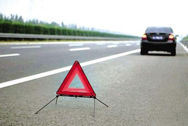 高速开车有秘籍 这几种坏习惯可能害了你