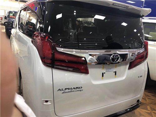2019款丰田埃尔法现车优惠 另有各种配件售