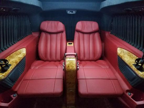 奔驰V260L商务改装 私人订制..........