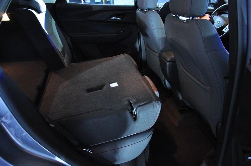 雪佛兰SUV创界上市 售价13.99万