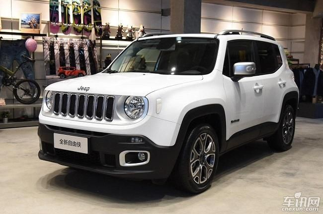 武汉Jeep自由侠综合优惠2.5万 现车充足