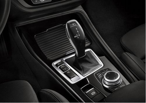 BMW 1系三厢运动轿车又双叒叕升级了,年末购车季一起来提车