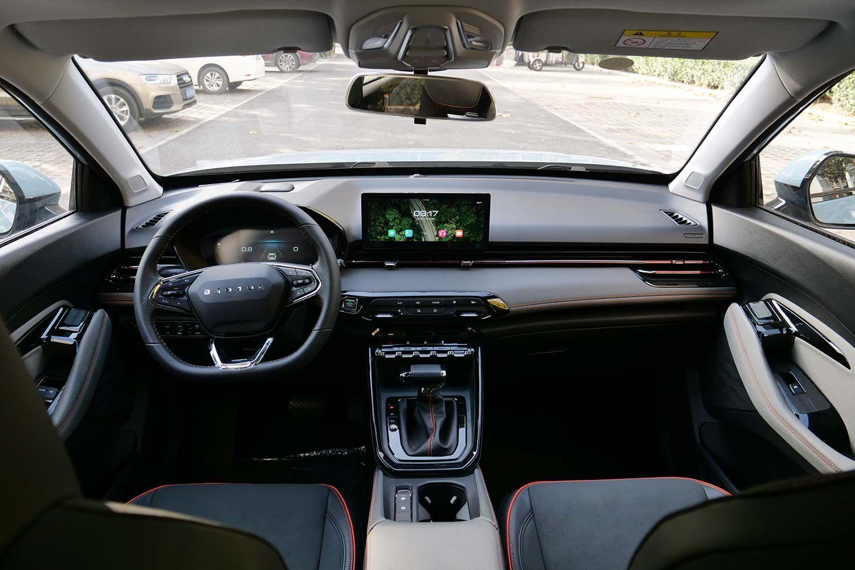 9万价位区间内SUV颜值王者 新宝骏RS-3到店实拍
