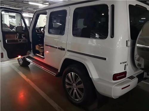 2019款奔驰G500 圣诞活触动递送福利优惠前