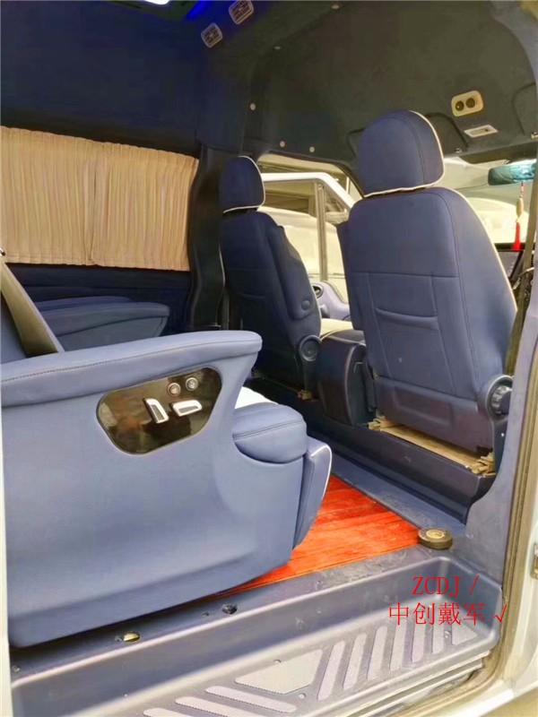 大通v80房車改裝內飾圖片-改航空座椅圖片