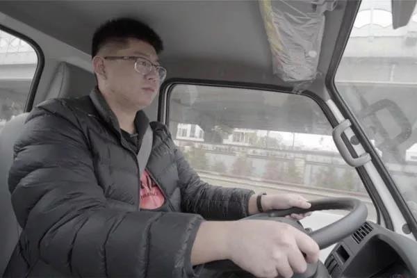 城鄉運輸首選,江鈴順達小卡2800軸距版圖解