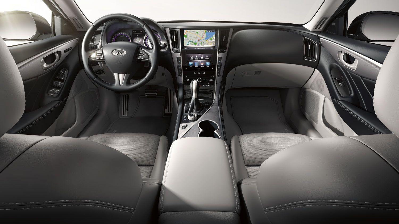 喜欢大排量V6自吸 看看这款车型二手车吧 性价比高 驾乘体验好