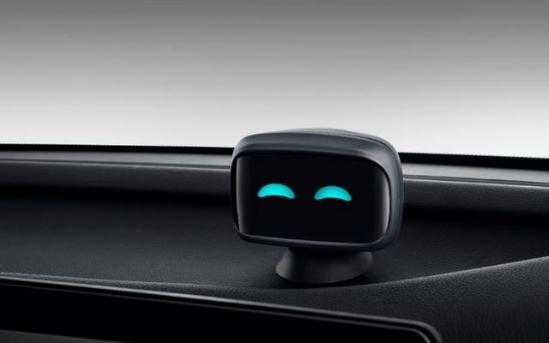 情感科技纯电SUV哪吒U叱咤上市 哪吒汽车2.0时代电掣而来