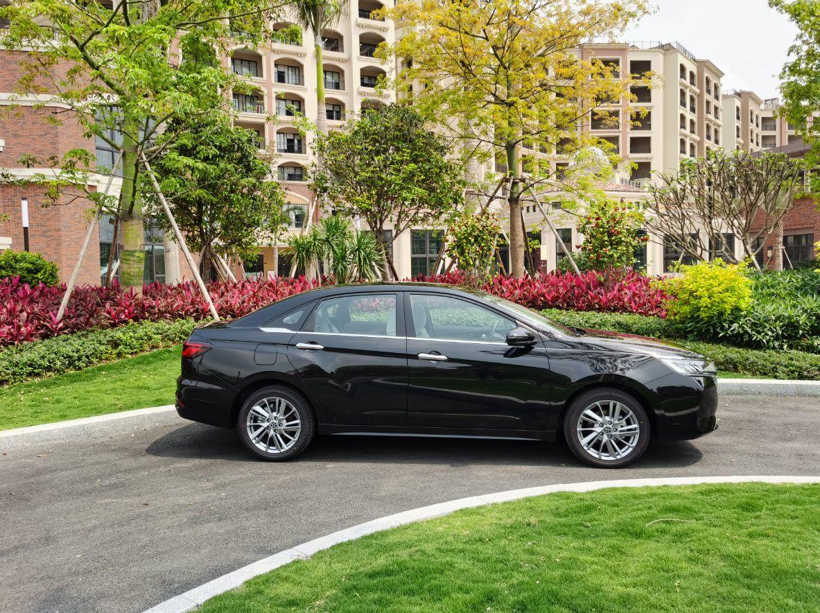 拥有轩逸的三大件,还比轩逸便宜实用的究竟是什么车?