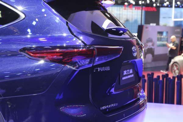 一个豪华,一个运动,全新丰田汉兰达携手皇冠陆放加入双车战略